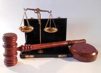 הוצאת רישיון קבלן כוח אדם או שירות - סיבות ותנאים