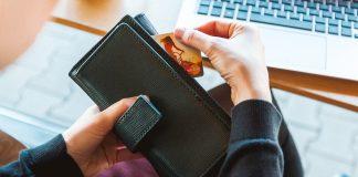 פתאום באמצע החיים – מתמודדים עם חובות ארנונה