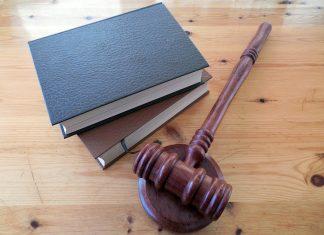 """פסק דין - בית המשפט קבע כי המילה """"נוכל"""" לא מהווה לשון הרע"""