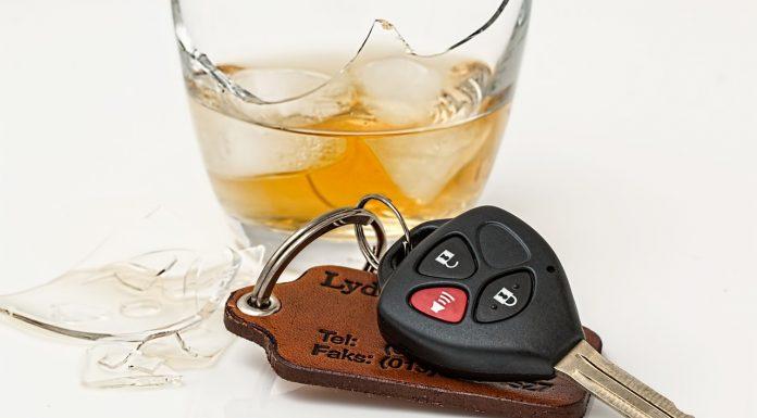 איך מתמודדים עם אישום פלילי של נהיגה בשכרות?