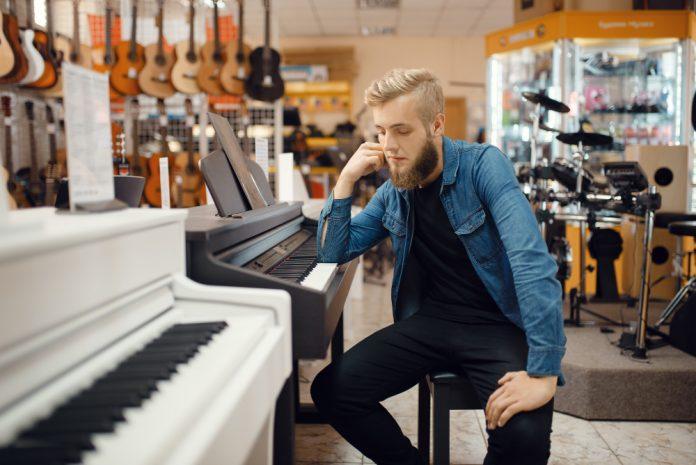 הקשיים של עסקים בתחום במוזיקה שנפגעו והגיעו לסף פשיטת רגל